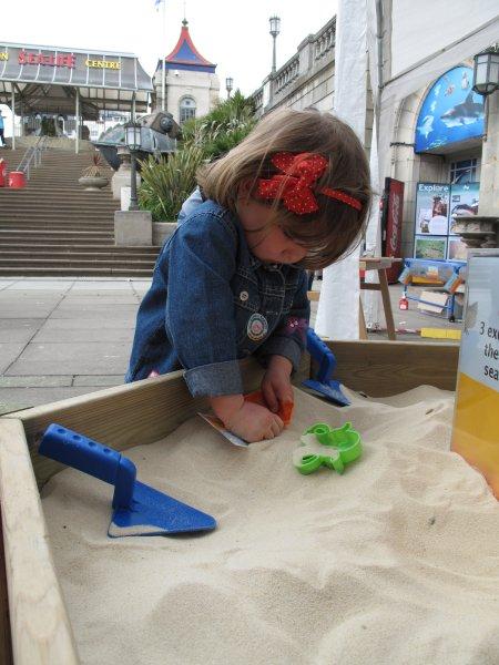 Sand creations, Brighton